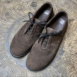 ECCO Casual Brown Suede Lace Up Sneakers Size 9